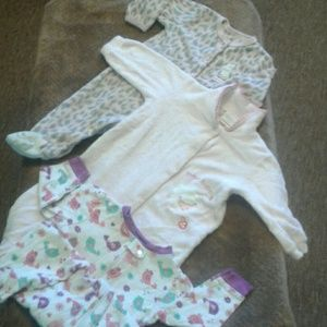 Girls 6 to 9 months footed sleeper bundle
